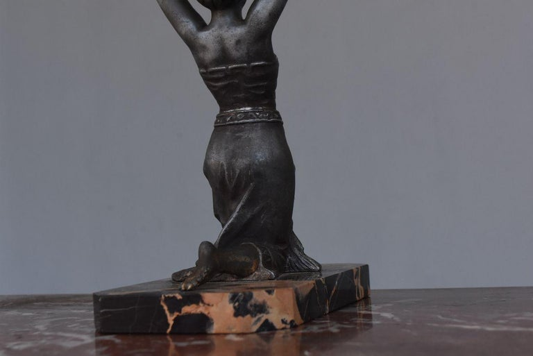 1930 Art Deco Pendulum Spelter And Portor Marble For Sale 7