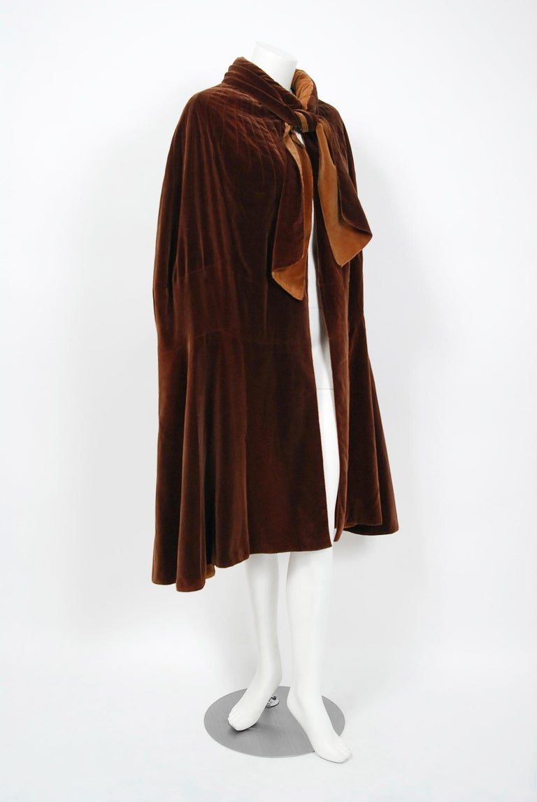 Women's or Men's Vintage 1930 Chanel Haute Couture Caramel Brown Velvet Scarf-Neck Sculpted Cape  For Sale