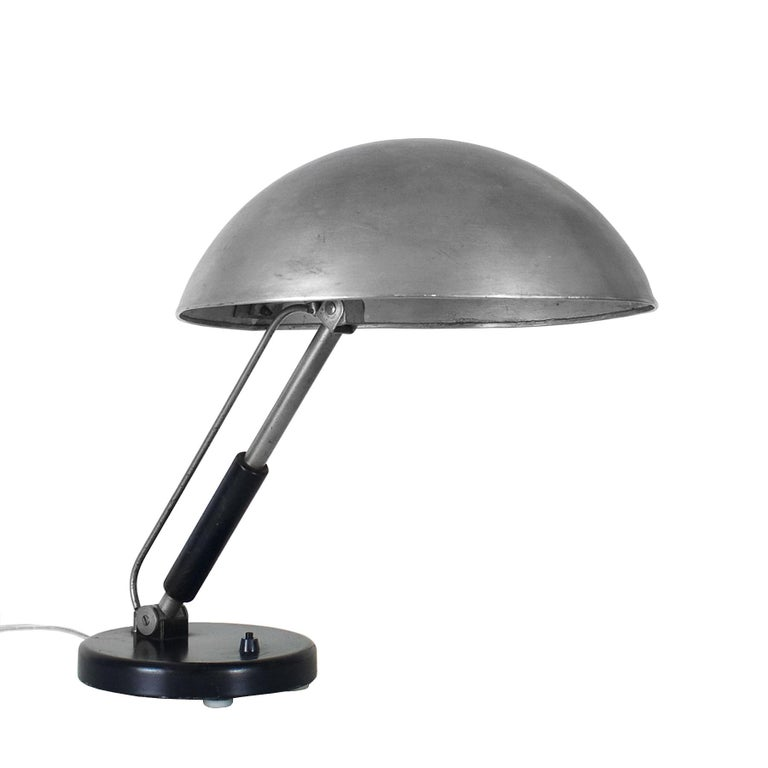 1930s Bauhaus Style Desk Lamp by Karl Trabert for Schanzenbach, Germany In Good Condition In Girona, ES