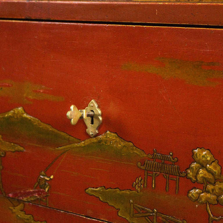 1930s Japanese Inspired Chest of Drawers Secrétaire, Red Lacquered, France For Sale 5
