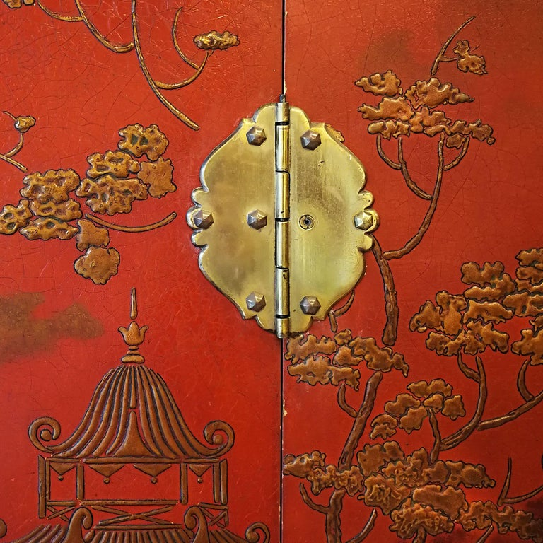 1930s Large Wardrobe, Red Lacquered, Chinoiserie Relief Stucco, Maple, France In Good Condition For Sale In Girona, ES