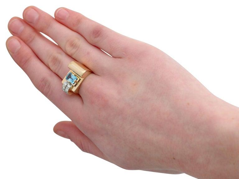 1930s 1.45 Carat Aquamarine Diamond Gold Cocktail Ring For Sale 2
