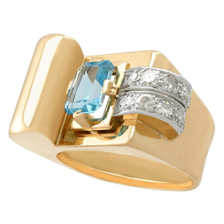 1930s 1.45 Carat Aquamarine Diamond Gold Cocktail Ring For Sale