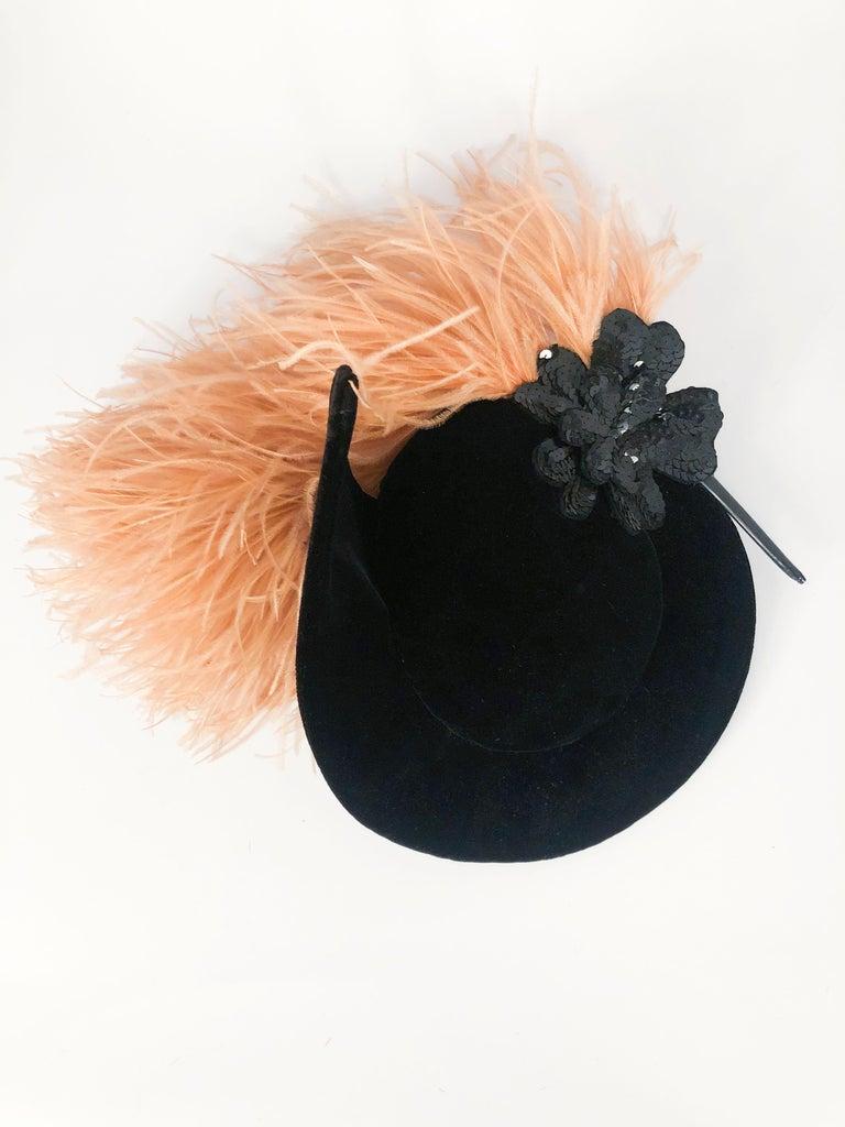 1930s/1940s Black Velvet Fashion Hat For Sale 1