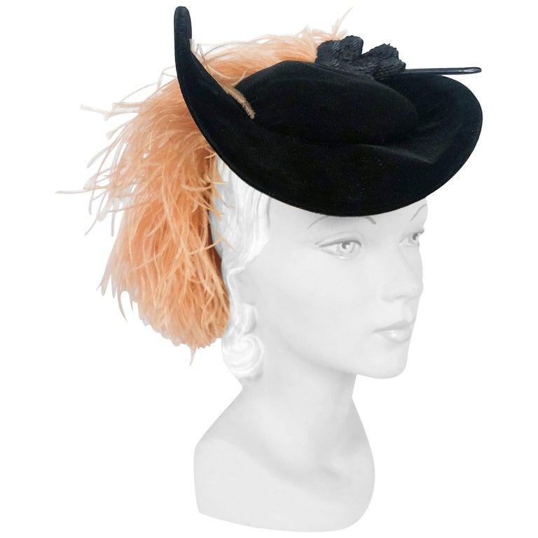 1930s/1940s Black Velvet Fashion Hat For Sale