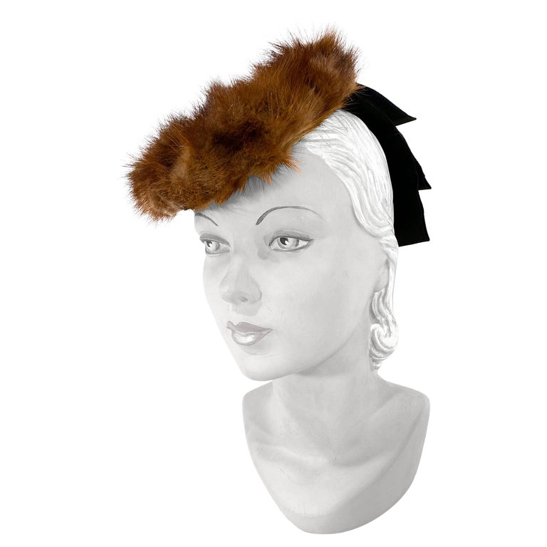 1930s/1940s Brown Mink and Ribbon Perch Hat For Sale
