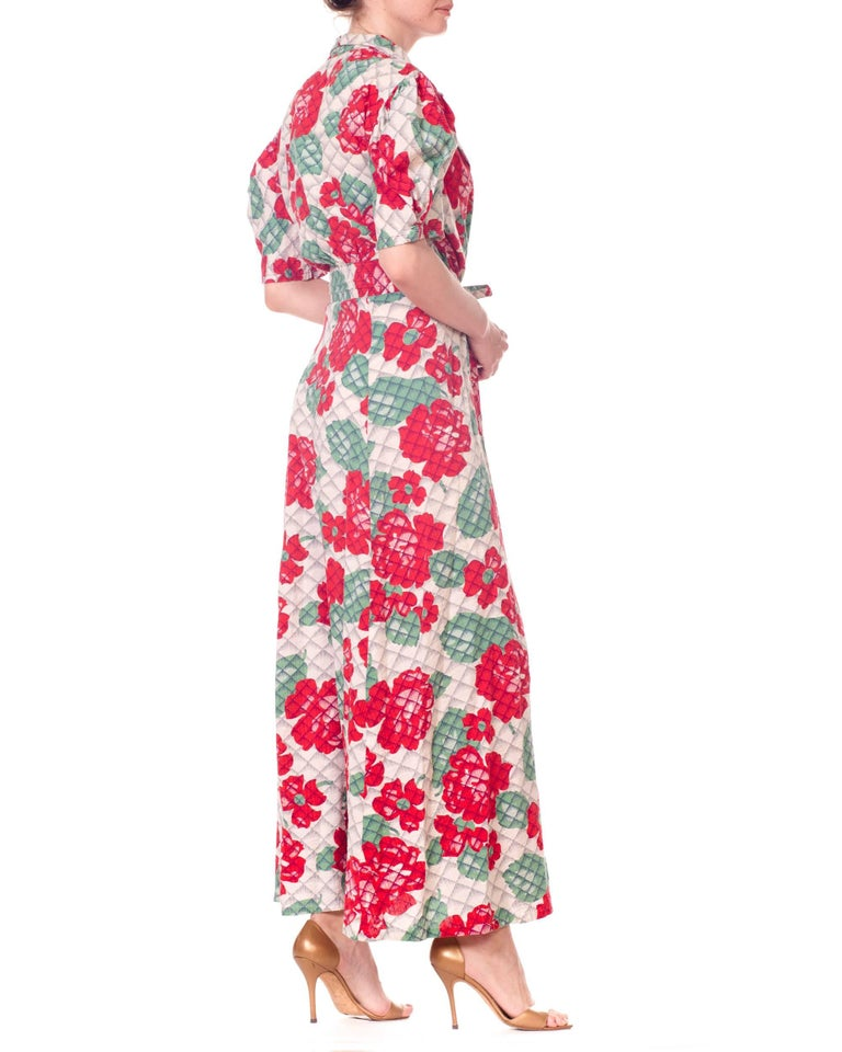 Women's 1930s 1940s Cotton Floral Quilted Wrap Dress For Sale