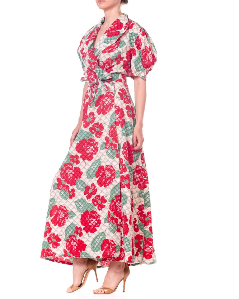 1930s 1940s Cotton Floral Quilted Wrap Dress For Sale 1