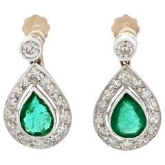 1930s Antique 1.48 Carat Emerald and Diamond Yellow Gold Drop Earrings