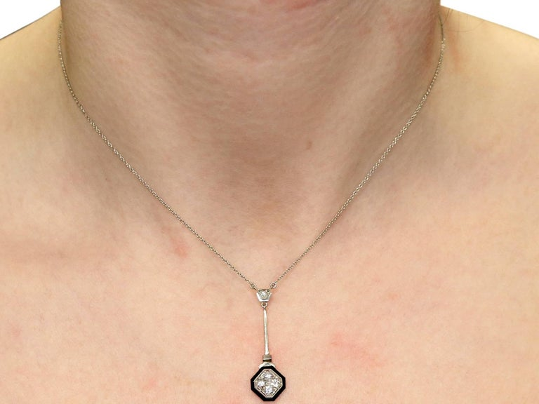 1930s Antique Art Deco Diamond and Black Onyx Necklace For Sale 3