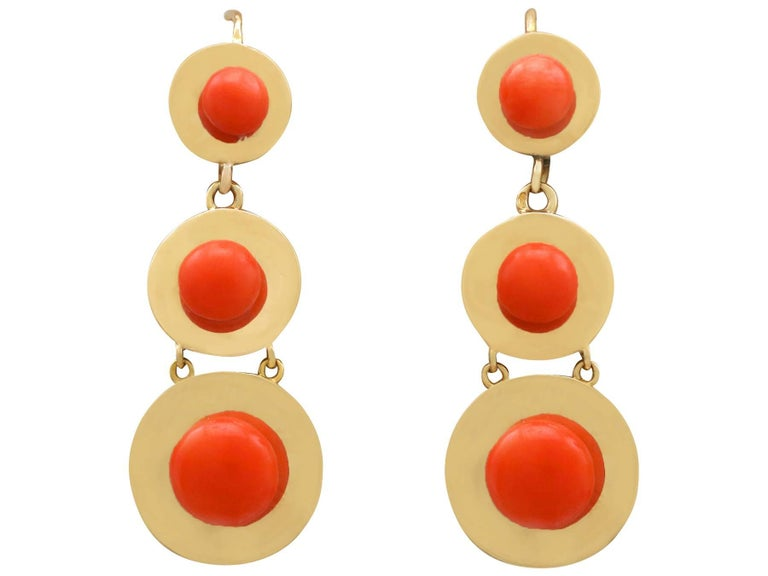 1930s Antique French Red Coral and Yellow Gold Jewelry Set For Sale 1