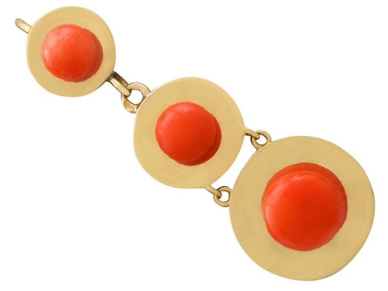 1930s Antique French Red Coral and Yellow Gold Jewelry Set For Sale 2