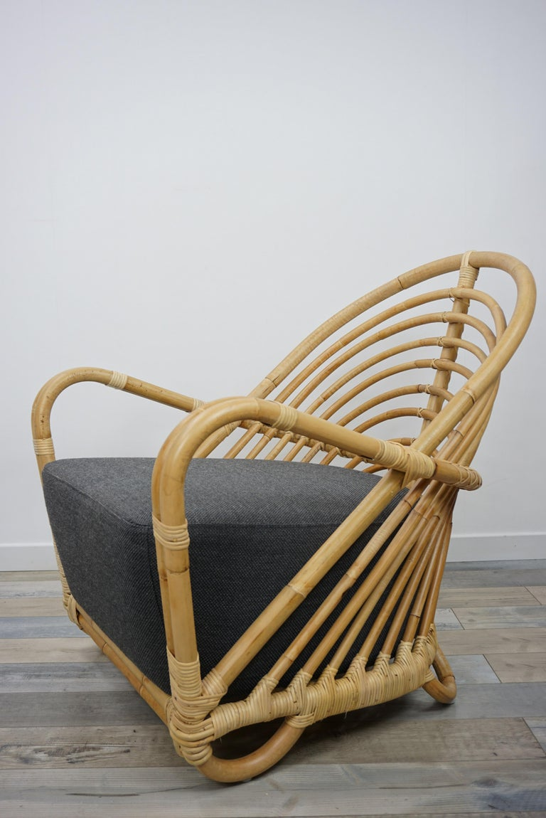 European 1930s Arne Jacobsen Design Rattan Lounge Armchair For Sale