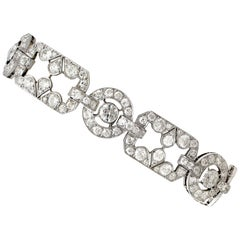 1930s Art Deco 12.29 Carat Diamond and Platinum Bracelet