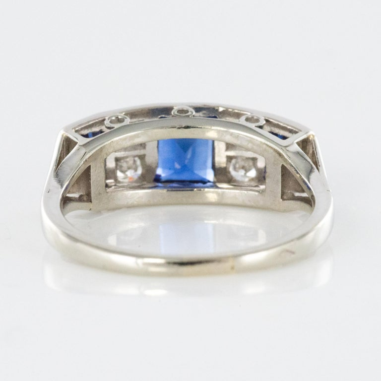 1930s Art Deco 1.69 Carat Sapphire Diamonds White Gold Garter Ring For Sale 9
