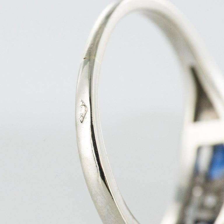 1930s Art Deco 1.69 Carat Sapphire Diamonds White Gold Garter Ring For Sale 11