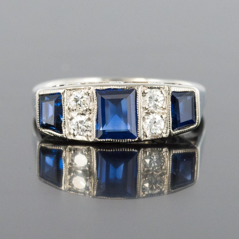 1930s Art Deco 1.69 Carat Sapphire Diamonds White Gold Garter Ring For Sale 3