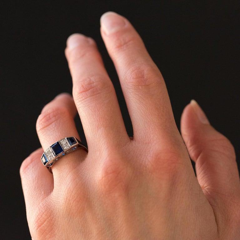 1930s Art Deco 1.69 Carat Sapphire Diamonds White Gold Garter Ring For Sale 4