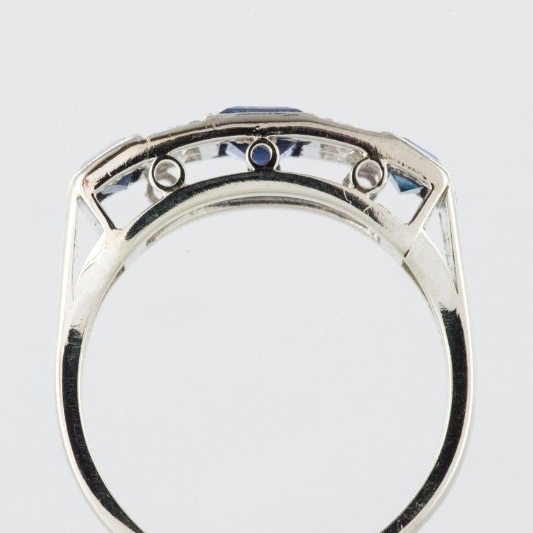 1930s Art Deco 1.69 Carat Sapphire Diamonds White Gold Garter Ring For Sale 5