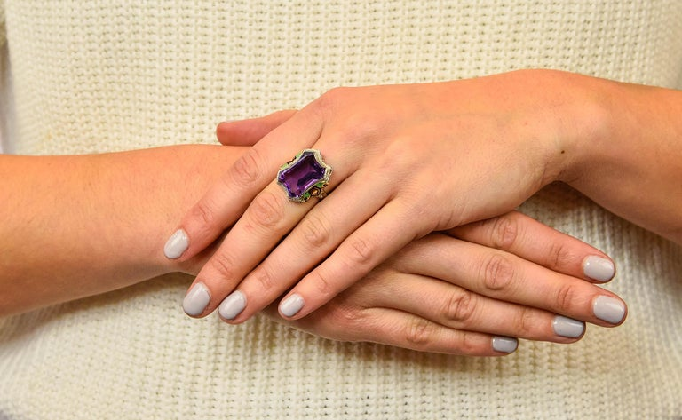 1930s Art Deco Amethyst Enamel Pearl 14 Karat Two-Tone Gold Cocktail Ring For Sale 6