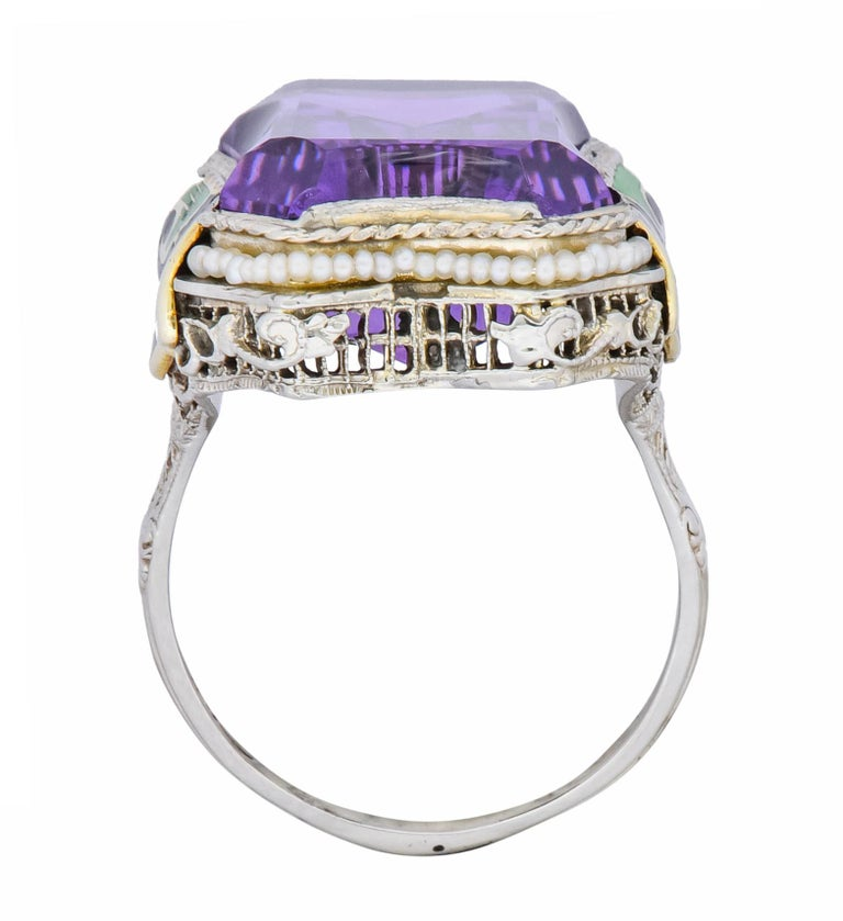 1930s Art Deco Amethyst Enamel Pearl 14 Karat Two-Tone Gold Cocktail Ring For Sale 3