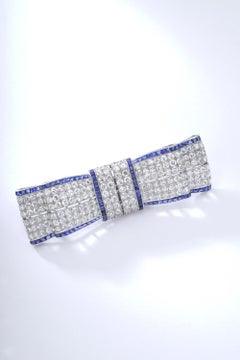1930s Art Deco Bow Tie Diamond Platinum Brooch