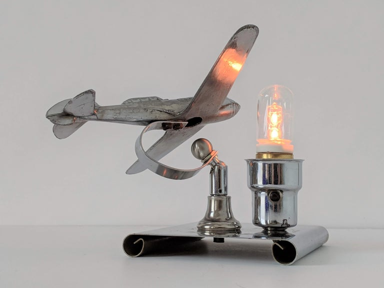 1930s Art Deco Chrome Airplane Table Lamp by Ray A. Schober, USA For Sale 4