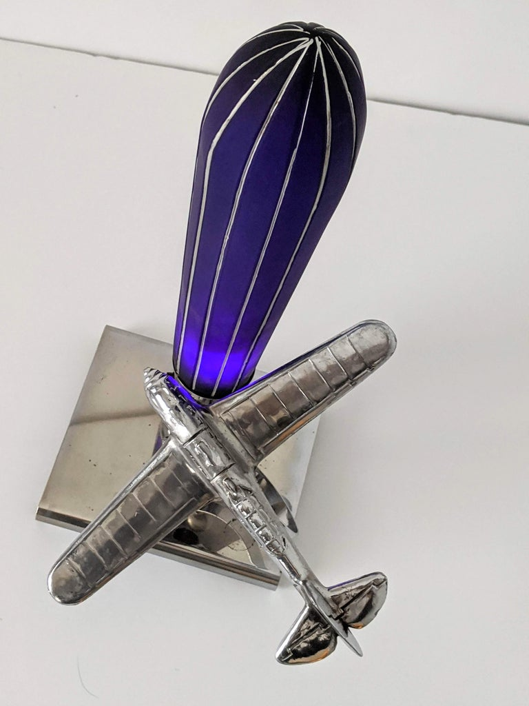 1930s Art Deco Chrome Airplane Table Lamp by Ray A. Schober, USA For Sale 2