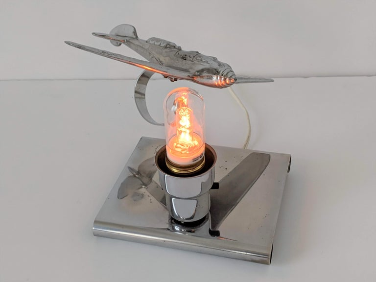 1930s Art Deco Chrome Airplane Table Lamp by Ray A. Schober, USA For Sale 3