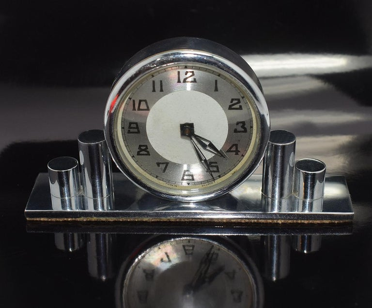 1930s Art Deco Chrome Miniature Clock In Good Condition For Sale In Devon, England