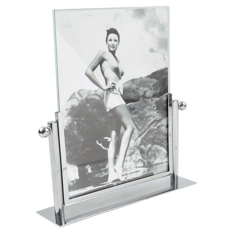 1930s Art Deco Chrome Picture Frame For Sale