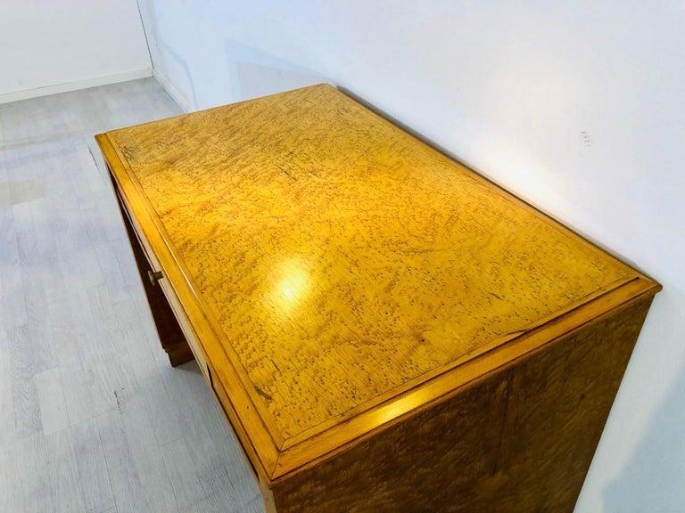 1930er, Art Deco Schreibtisch Hergestellt aus Vogelaugenahorn 4