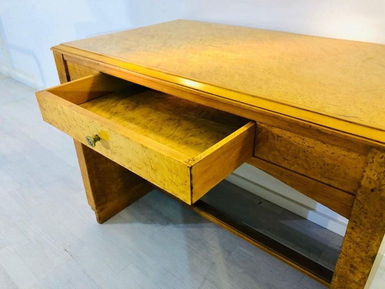 1930er, Art Deco Schreibtisch Hergestellt aus Vogelaugenahorn 5