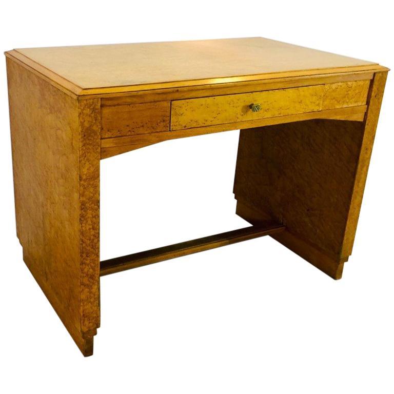 1930er, Art Deco Schreibtisch Hergestellt aus Vogelaugenahorn 1