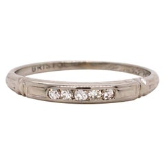 1930s Art Deco Diamond 18 Karat White Gold Band