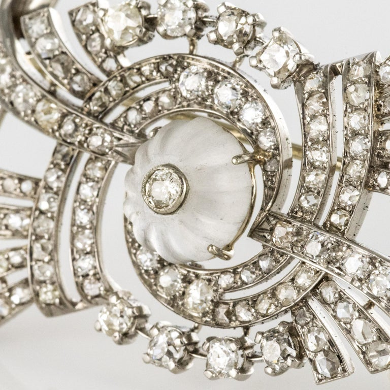 1930s Art Deco Diamond Rock Crystal Platinum 18 Karat White Gold Brooch In Good Condition For Sale In Poitiers, FR
