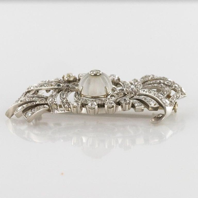 1930s Art Deco Diamond Rock Crystal Platinum 18 Karat White Gold Brooch For Sale 3