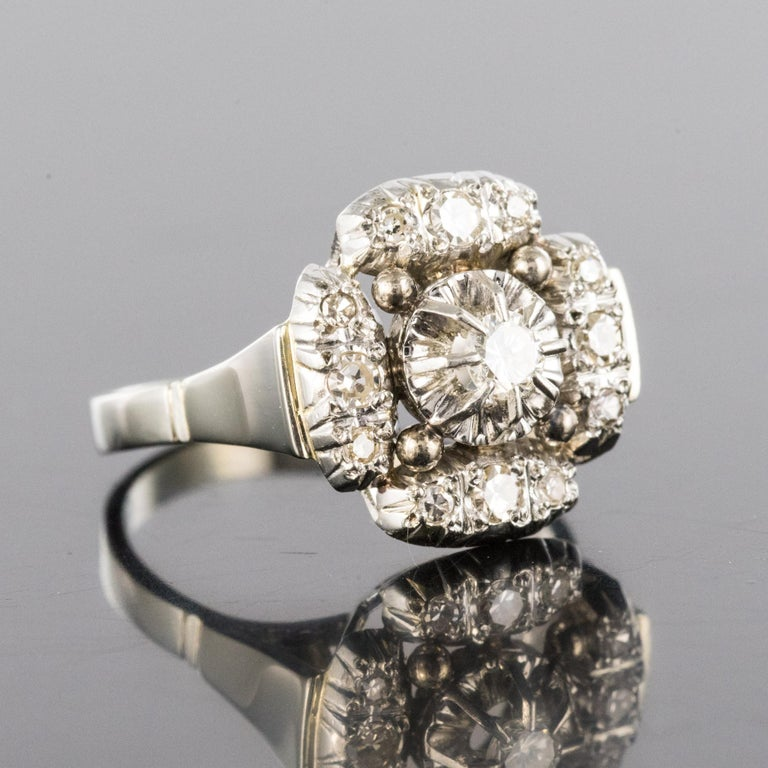 1930s Art Deco Diamonds 18 Karat White Gold Platinum Ring For Sale 6