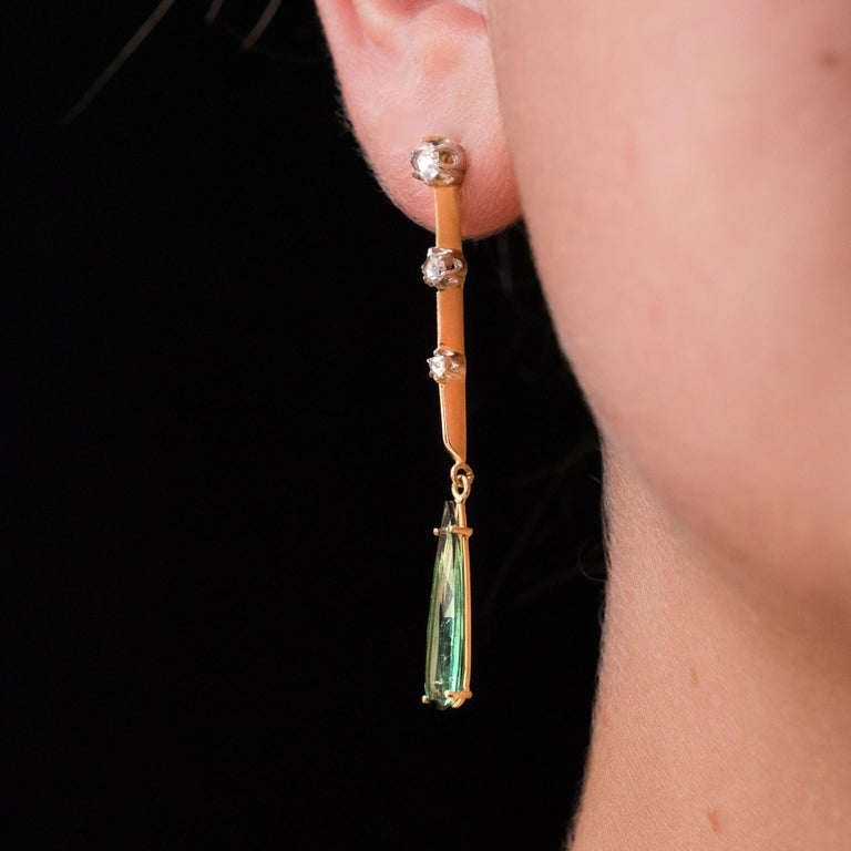 1930s Art Deco Diamonds Tourmaline 18 Karat Yellow Gold Dangle Earrings For Sale 3