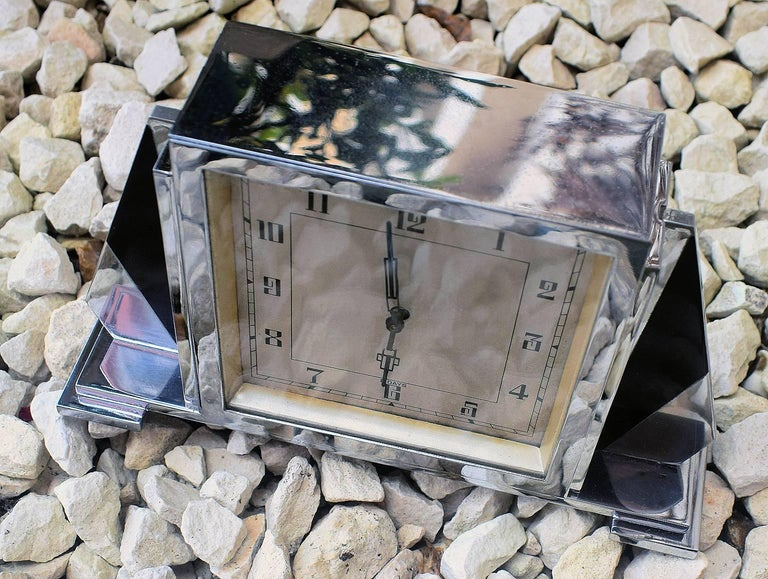 1930s Art Deco English 8 Day Chrome Clock For Sale 2