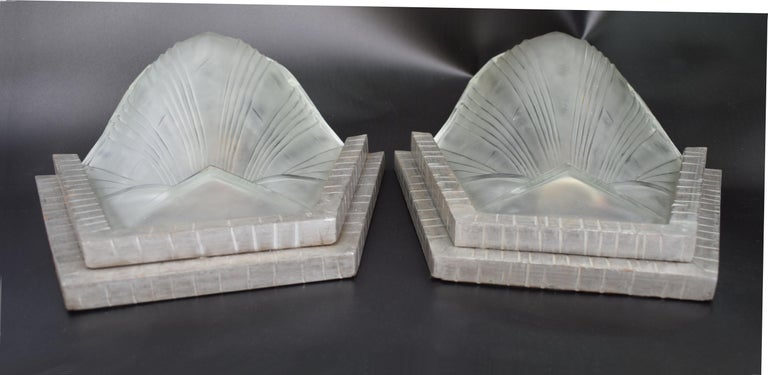 Glass 1930s Art Deco French Wall Light Sconces, Set of Four For Sale