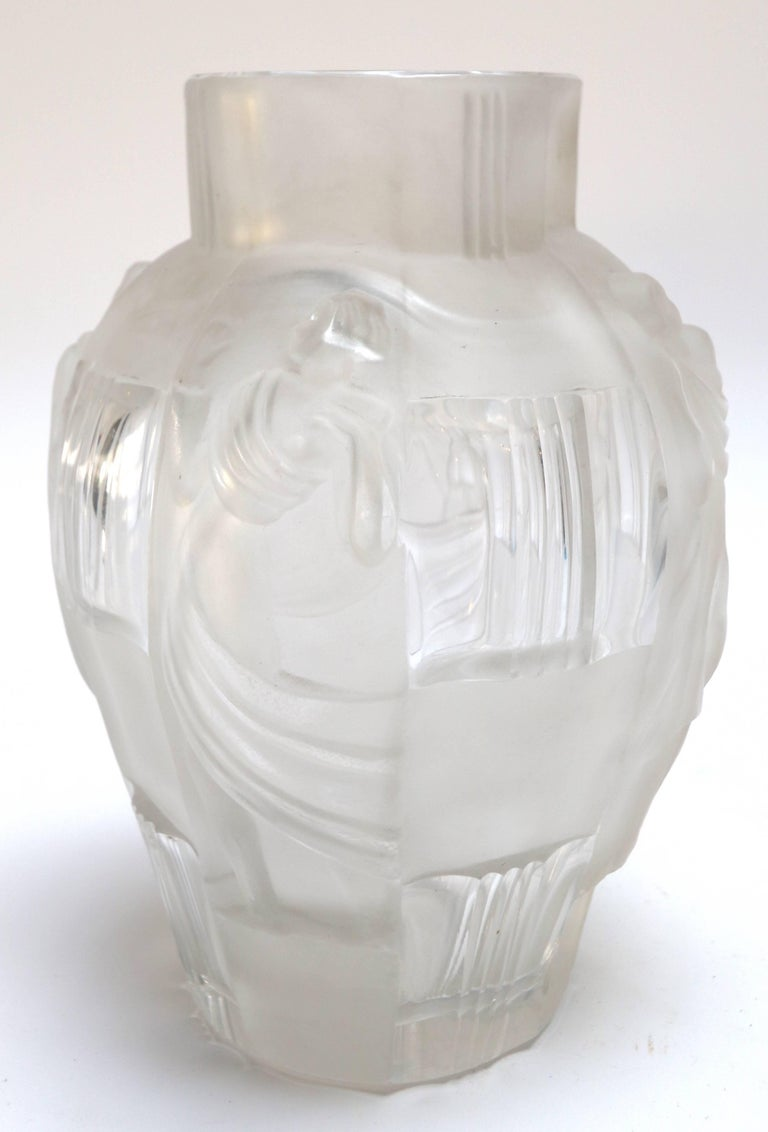 Art Deco Ingrid Glass Vase with Female Figures by Curt Schlevogt, 1930s In Good Condition For Sale In Los Angeles, CA