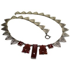 1930s Art Deco Ladies Bakelite and White Metal Necklace