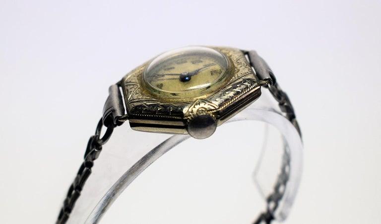 1930s Art Deco Ladies White Gold Filled Wrist Watch In Good Condition In Devon, England