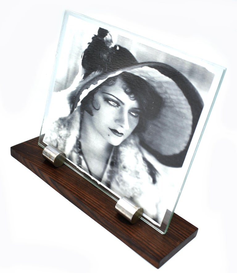 1930s Art Deco Modernist Wood and Chrome Picture Frame In Good Condition For Sale In Devon, England