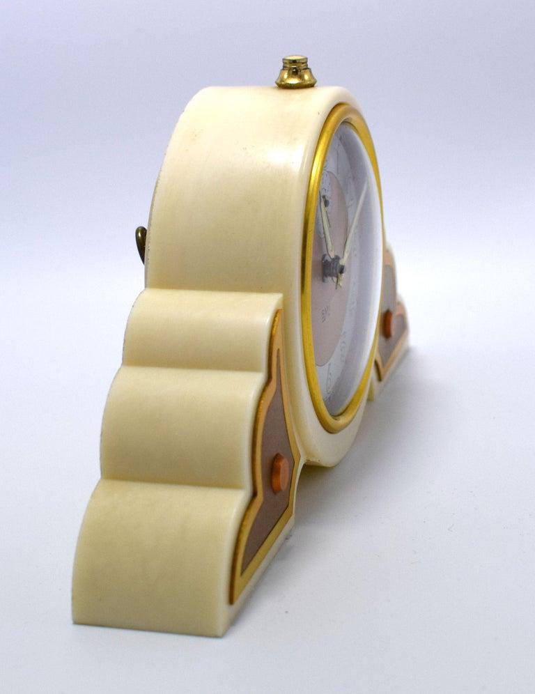 French 1930s Art Deco Odeon Cream Bakelite Clock For Sale