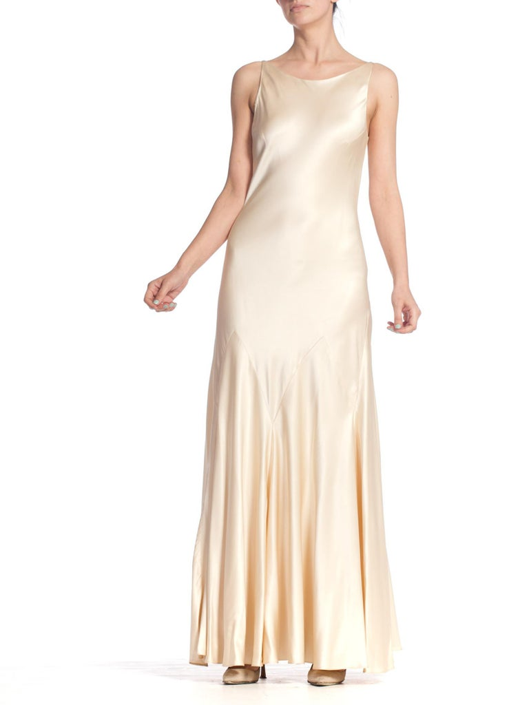 1990S 1930'S Art Deco Old Hollywood Style Bias Cut Vintage Bridal Gown In Excellent Condition For Sale In New York, NY