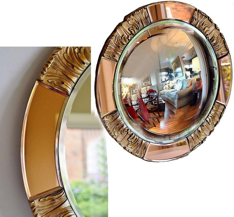 English 1930s Art Deco Round Rose Tinted Bevelled Edge Mirror For Sale