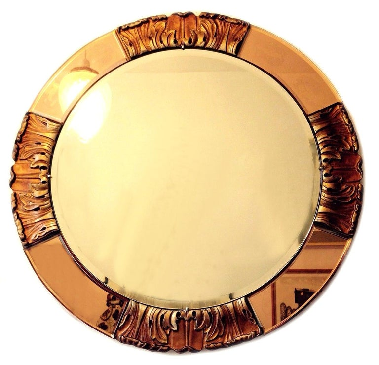 20th Century 1930s Art Deco Round Rose Tinted Bevelled Edge Mirror For Sale