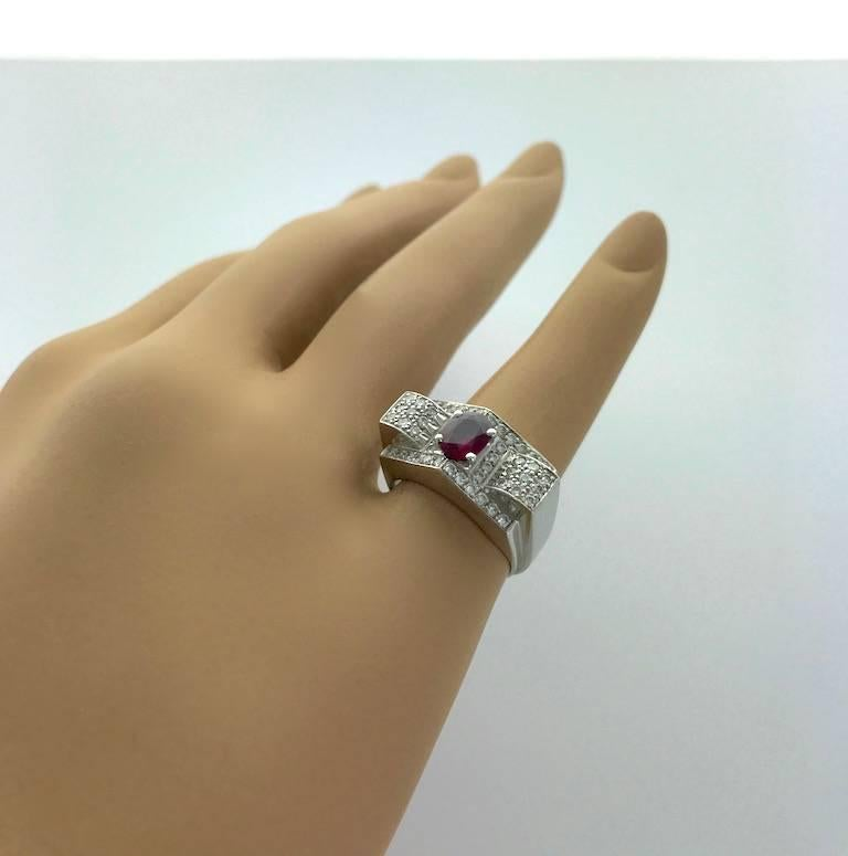 Women's or Men's 1930s Art Deco Ruby and Diamond Platinum Ring For Sale